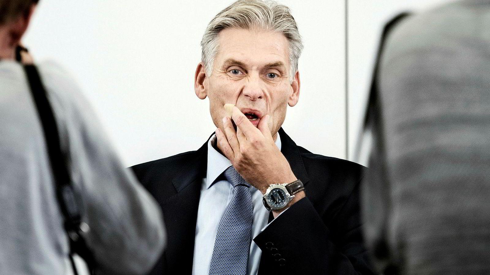 Den norske topplederen i Danske Bank Thomas Borgen fikk onsdag under rapportfremleggelsen en lang rekke spørsmål om hvorfor ledelsen ikke hadde agert på de mange varslene.
