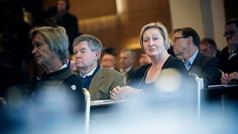 Småsparer Anne Sem følger tett med på uroen i aksjemarkedene sammen med sin ektemann, den tidligere meglernestoren Dagfinn Sundal. Foto: Gorm K. Gaare