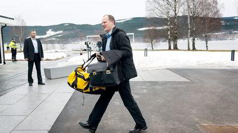 STOPPER OPP. Samferdselsminister Ketil Solvik-Olsen tar konsekvensen av EU-dom om Datalagringsdirektivet.                    Foto: Per Ståle Bugjerde