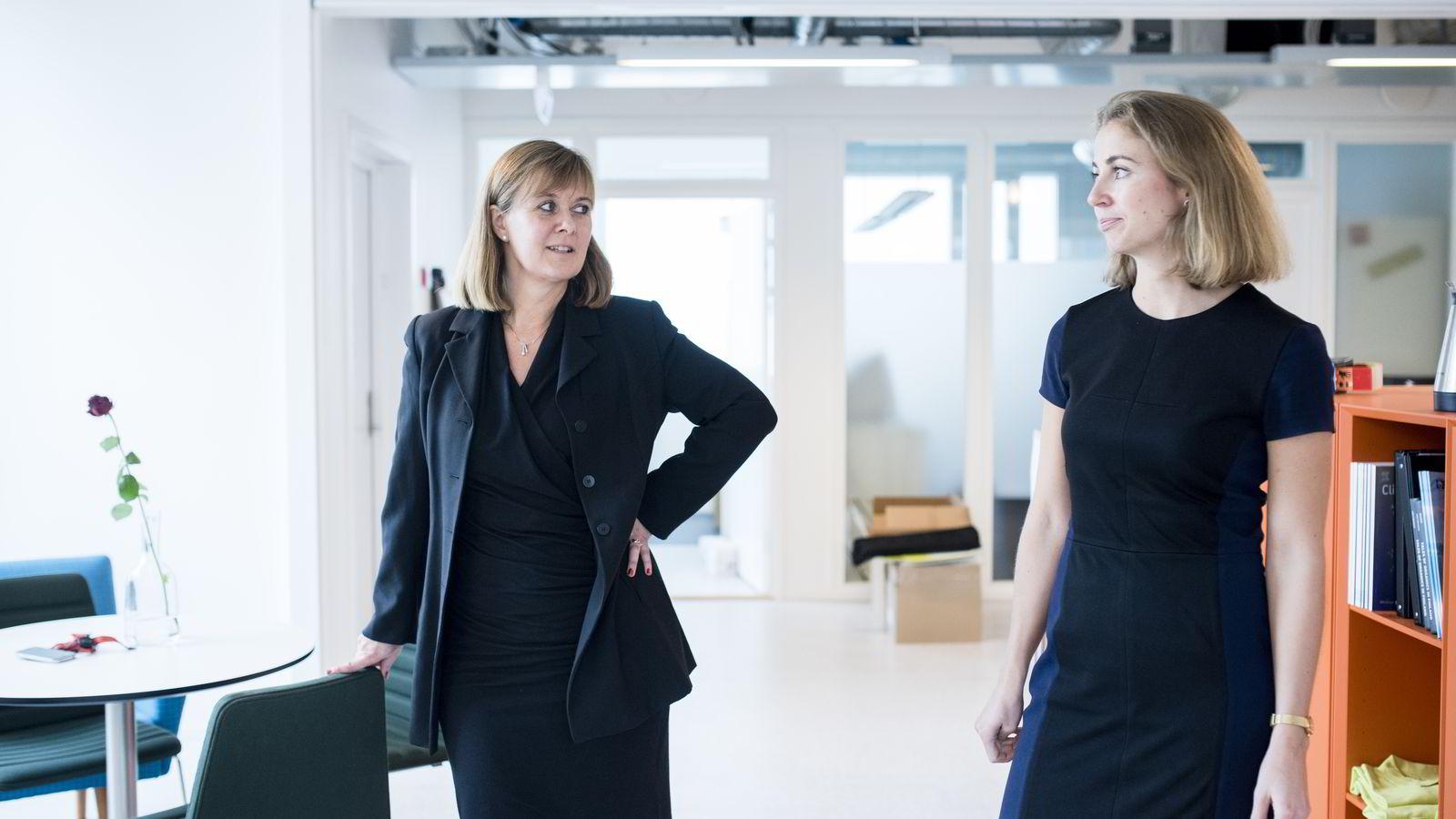Investeringsdirektør Ann-Tove Kongsnes (t.v.) og investeringsrådgiver Marit Fageraas Øien i Investinor må konstatere at knapt noen av bedriftene som kommer til dem på jakt etter penger, er startet eller ledet av kvinner.