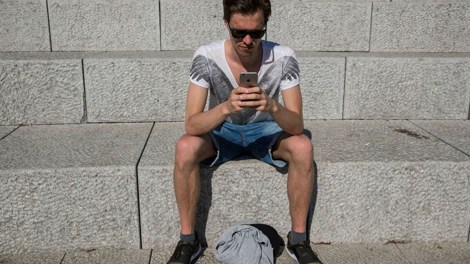 Forbrukerrådet innførte i februar forbudsvedtaket mot Telenor etter å ha mottatt flere klager fra bredbåndskunder hos selskapet som reagerte på at de hadde blitt ringt opp og tilbudt mobilabonnement (illustrasjonsbilde).