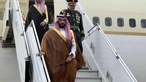 Krisene står i kø i forkant av G20-møtet i Buenos Aires. På bildet ankommer Saudi-Arabias kronprins Mohammed bin Salman den internasjonale flyplassen Ezeiza i Buenos Aires onsdag.