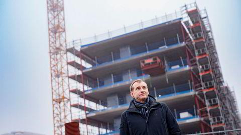 Administrerende direktør Carl O. Geving i Norges Eiendomsmeglerforbund avkrefter at Oslo-markedet er blitt oversvømt av nye leiligheter i 2018.