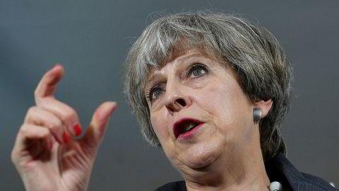 President Donald Trump er fortsatt velkommen til Storbritannia, ifølge statsminister Theresa May.