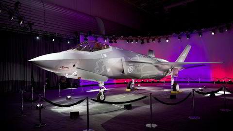 Det første norske F-35 jagerflyet, AM-1, på Lockheed Martin-fabrikken i Texas. Foto: Torgeir Haugaard/Forsvaret