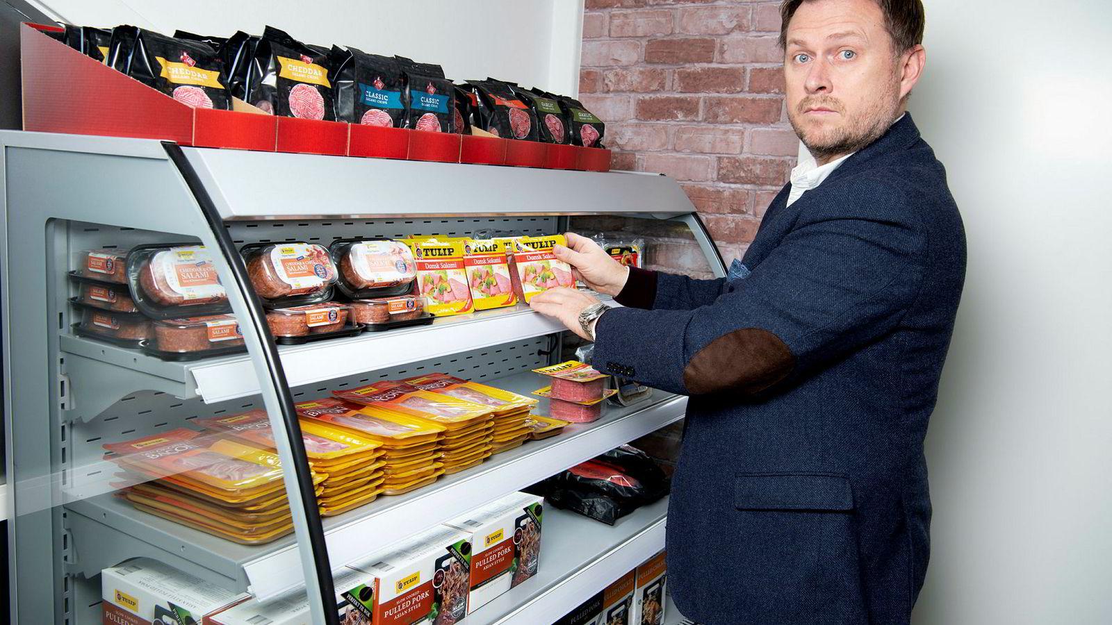 Alle brødskiver i Norge kunne ikke hjelpe Tulip Norge da en misforståelse med fabrikken endte i overproduksjon av salami for millioner. Her Karol Partyka, sjef for Tulip Norge.