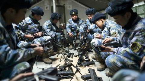 Kina er den eneste stormakten som kan utfordre USAs maktposisjon, skriver artikkelforfatteren. Her fra en militærbase i Taonan, nordøst i Kina. Foto: China Daily/