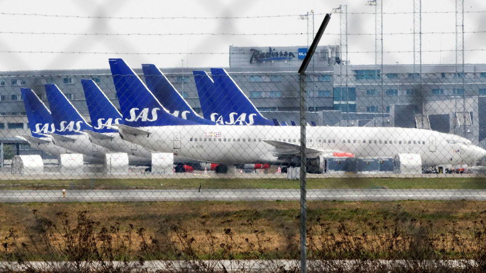 SAS har satt mange av sine fly på bakken etter at pilotene har gått ut i streik. Flyene er parkert på Gardermoen.