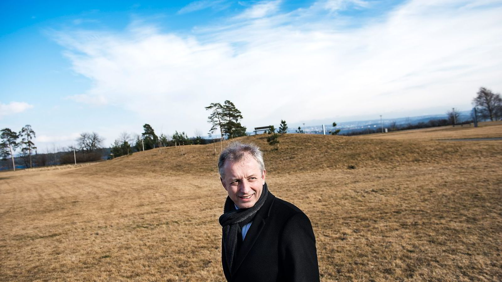 Økokrim spør Vimpelcoms tidligere sjef Jo Lunder ut om utbetalinger på 30 millioner dollar til en konto i Sveits i 2011.
