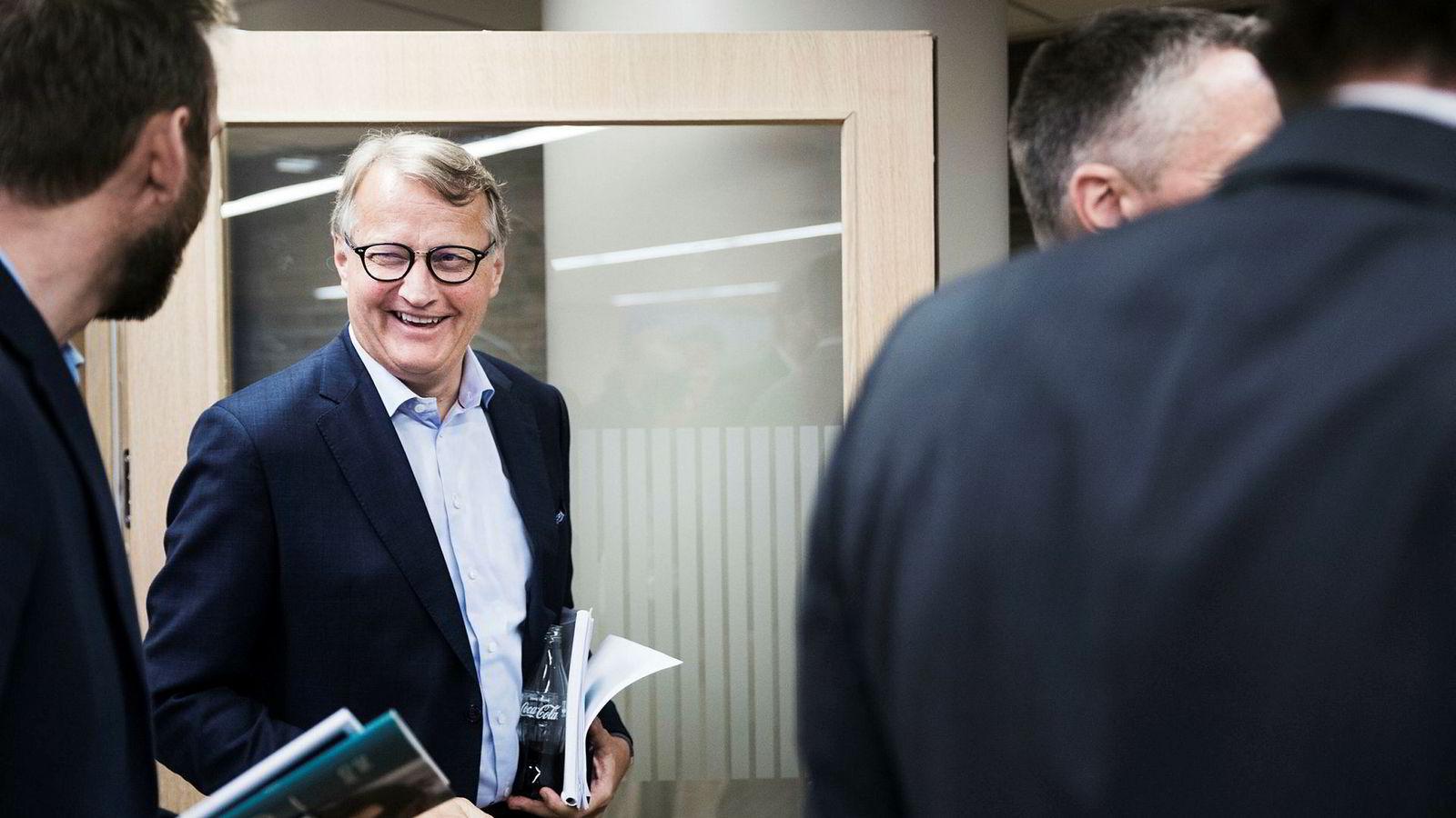 Råd til mer til de ansatte? Finansforbundet mener konsernsjef Rune Bjerke bør punge ut. DNB ønsker ikke å svare.