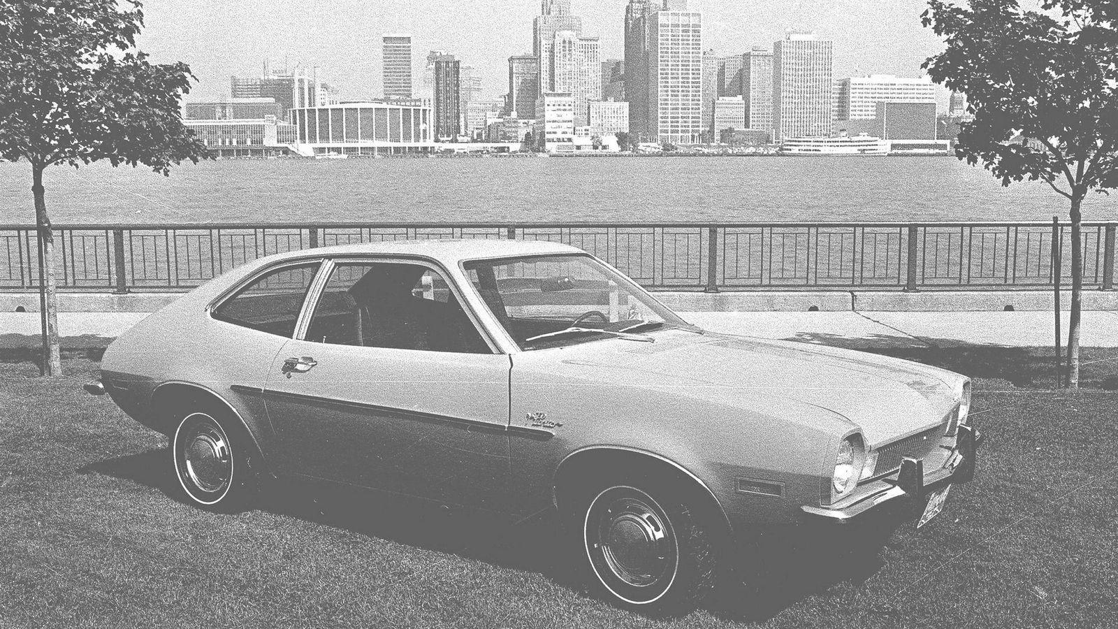 Da Ford-ledelsen i 1971 sendte nyvinningen Ford Pinto ut på veien, visste de at bilen hadde en feilkonstruksjon.