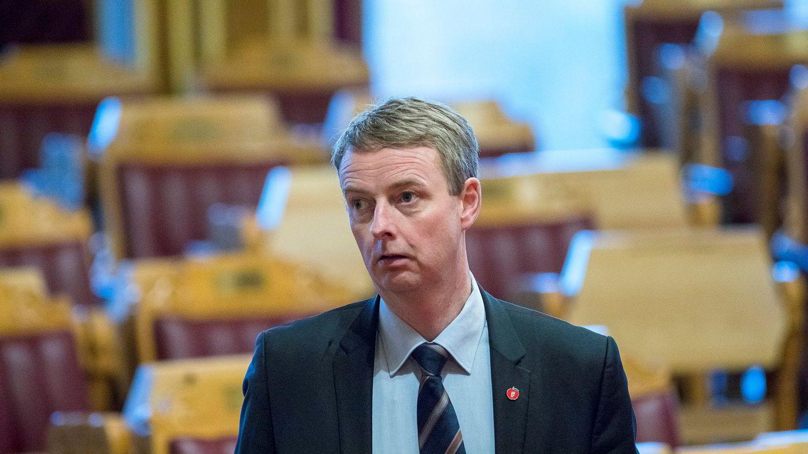 Terje Søviknes, her fra en spørretime på Stortinget mens han var olje- og energiminister.