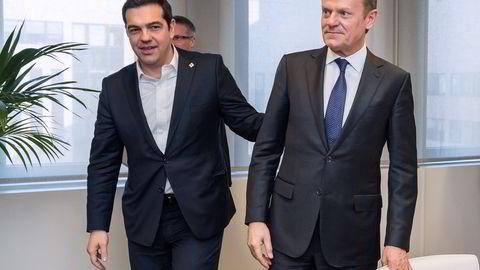 EU-president Donald Tusk (t.h) og den greske statsministeren Alexis Tsipras. Foto: AFP PHOTO / POOL / Geert Vanden Wijngaert