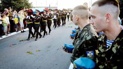 Ifølge Nato har Russland 1000 soldater inne i Ukraina, og 20.000 soldater på grensen. Foto: Roman Baluk, Reuters/NTB Scanpix