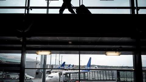 Regjeringen vil kreve inn skatt dersom du bruker flybonuspoeng opptjent i jobbsammenheng på private reiser.