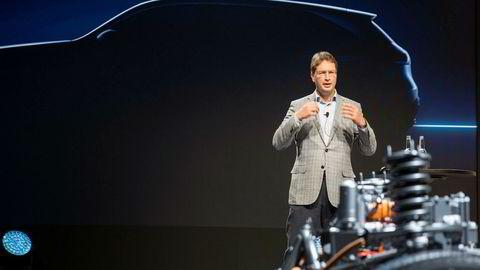 Svenske Ola Källenius er utpekt som ny sjef for Daimler og Mercedes. Her under lanseringen av elbilen EQC tidligere i september.