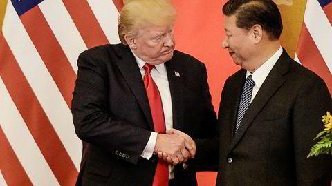 – Vi vil få til Kina-avtalen. Vet du hvorfor? På grunn av straffetoller, sa Donald Trump i et intervju med CNBC. Han skal sannsynligvis møte Kinas president Xi Jinping under G20-møtet i Japan i slutten av juni. Her er Trump med Xi Jinping i Beijing i november 2017.