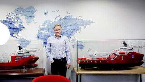 Dof-sjef Mons S. Aase. Offshorederiet jobber globalt ut fra hovedkontoret i øykommunen Austevoll utenfor Bergen. Foto: