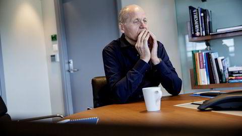 Uansett om selskapet befant seg i en friksjonsfri fløyelseperiode ville en slik avsløring vært et stort problem, skriver Eva Grinde om Telenor-sjef Sigve Brekkes (bildet) CV-feil. Foto: Fredrik Bjerknes