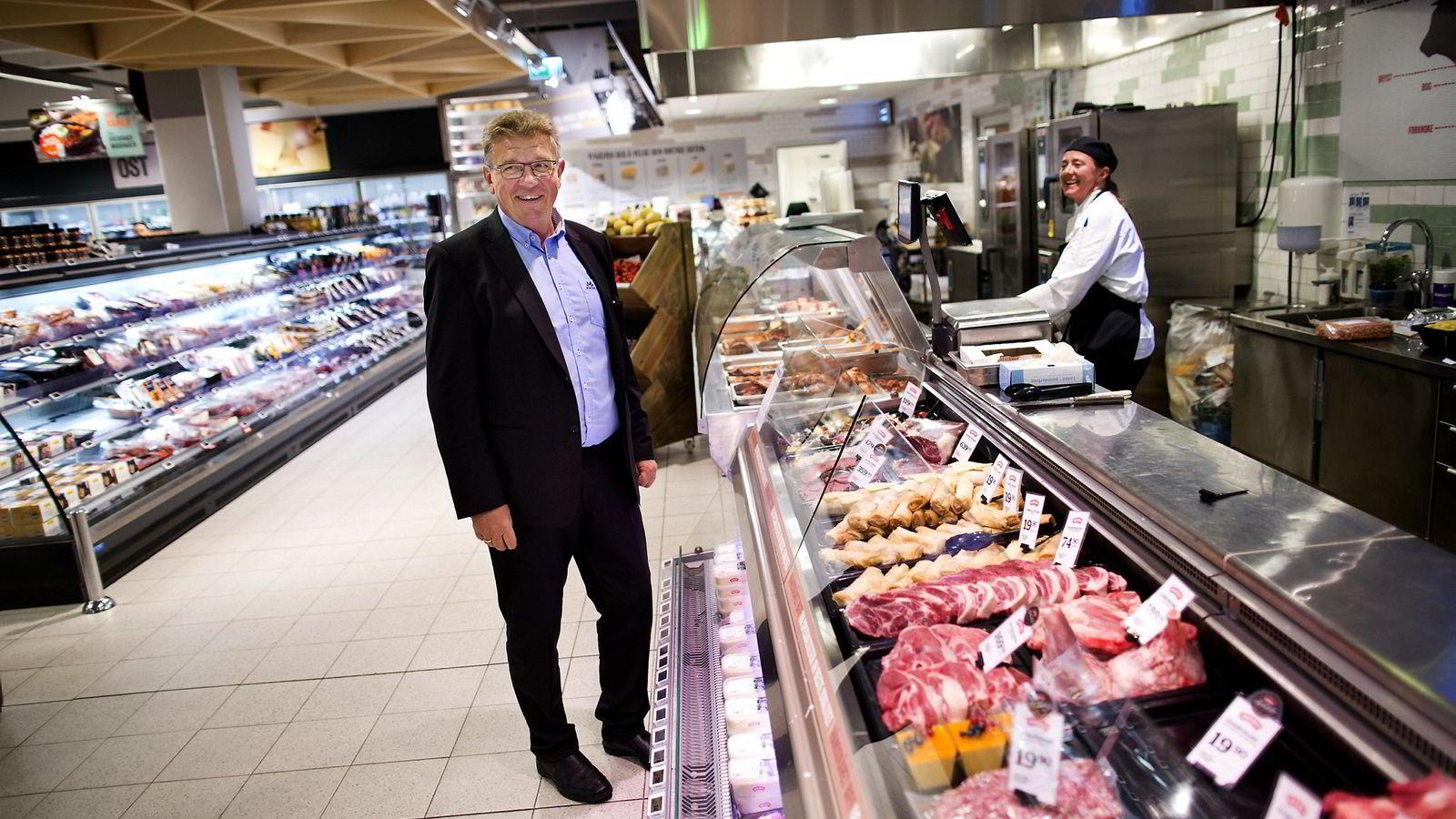 Norgesgruppens konsernsjef Tommy Korneliussen erstatter en svensk leverandør med Norgesgruppens eget leverandørselskap. Foto: