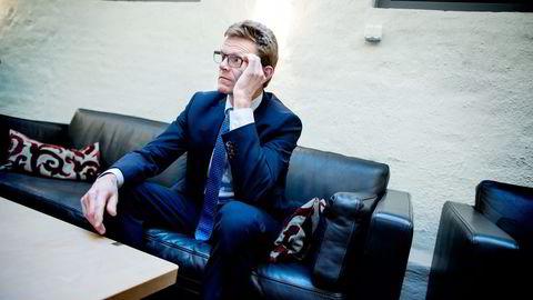 Stortingspolitiker Terje Breivik (V) stilte spørsmål, men fikk ikke svar under høringen om Oljefondet i Stortinget fredag. Foto: Ida von Hanno Bast