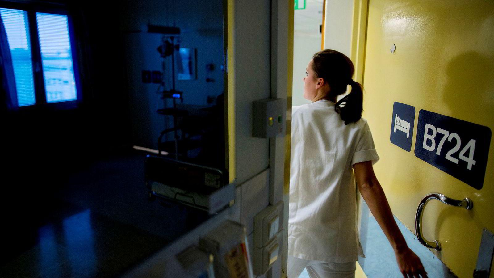 Oppslagene i pressen om sykepleiere som ikke får godkjent utenlandsk utdannelse og må innom Sverige for å få godkjent nøyaktig den samme utdannelsen, fordi svenskene da har godkjent den, gir grunnlag for tvil.