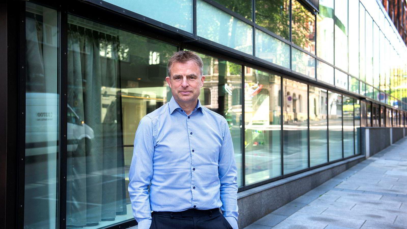 – Jeg mener jo at aksjer er veldig billig i dagens situasjon, sier Alexander Miller, investeringsdirektør i Eika Kapitalforvaltning.