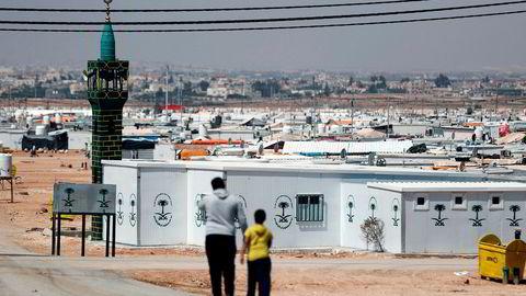Professor Paul Collier ved Universitetet i Oxford mener hele det internasjonale flyktningregimet har spilt fallitt. Et besøk i den gigantiske flyktningleiren Zaatari (bildet) i Jordan i 2015 gjorde sterkt inntrykk på ham. Foto: Thomas Coex/AFP/NTB Scanpix