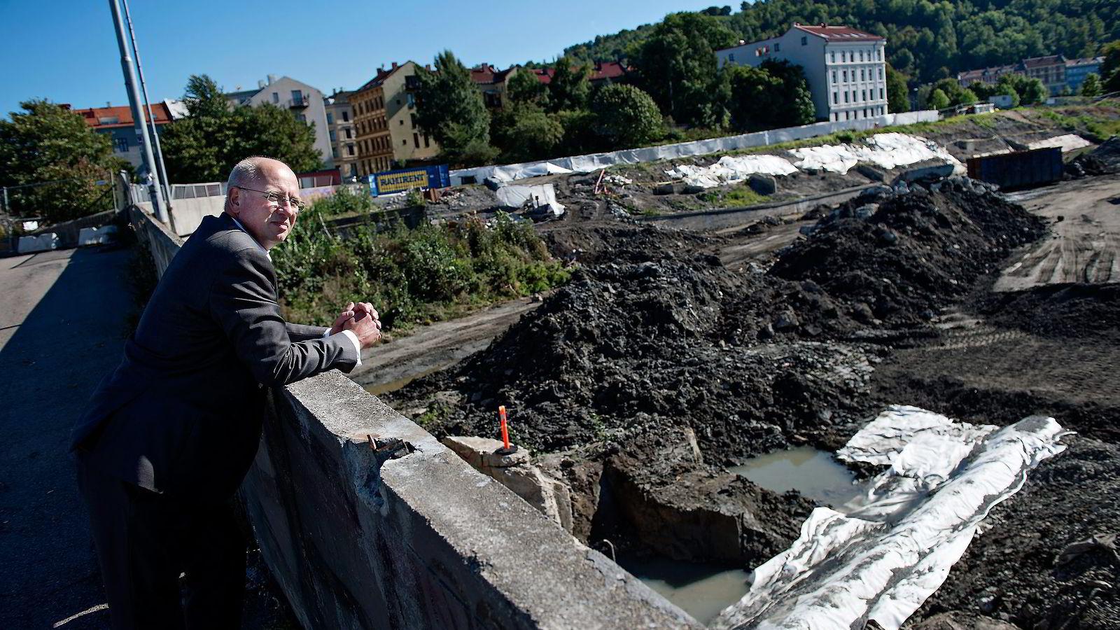 IKKE PRIS. – På Follobanen er ikke løsningen å velge anbud kun på priser, sier Michael Bors, direktør, leverandør og marked, i Jernbaneverket.