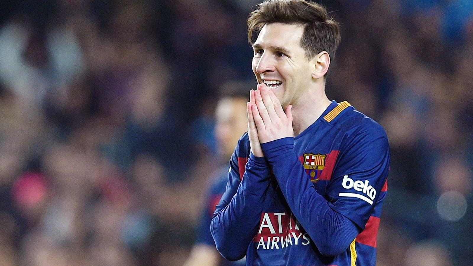 Barcelona-stjernen Lionel Messi er sammen med sin far tiltalt for skattesvik i Spania på over fire millioner euro.