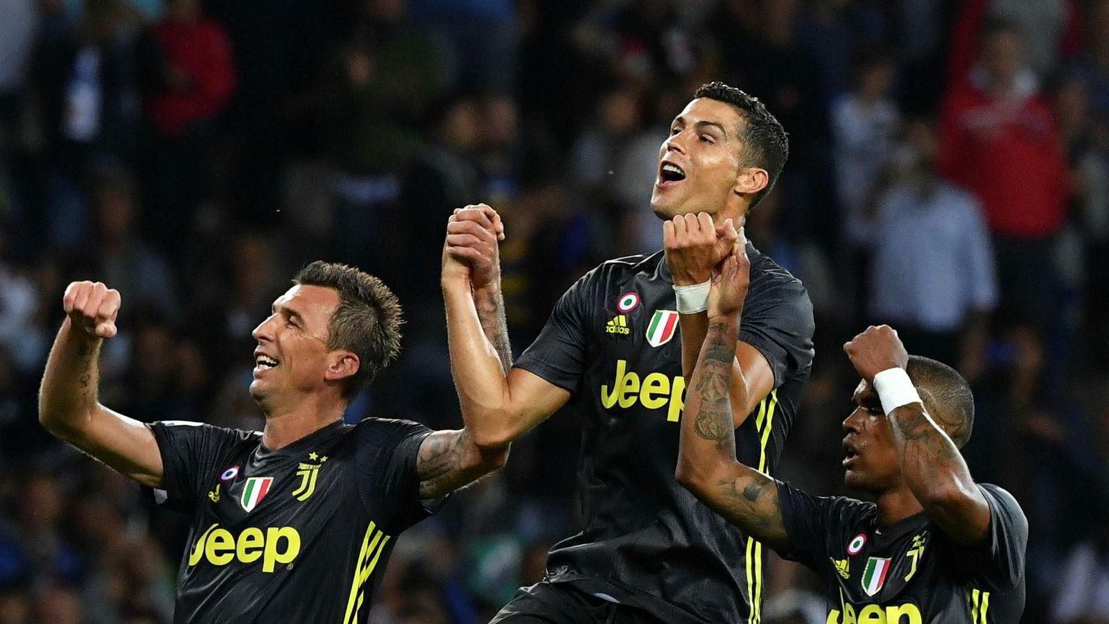 Juventus-spiller Cristiano Ronaldo (i midten) er en av de største trekkplastrene i årets Champions League, som TV 2 deler rettighetene til sammen med NENT.
