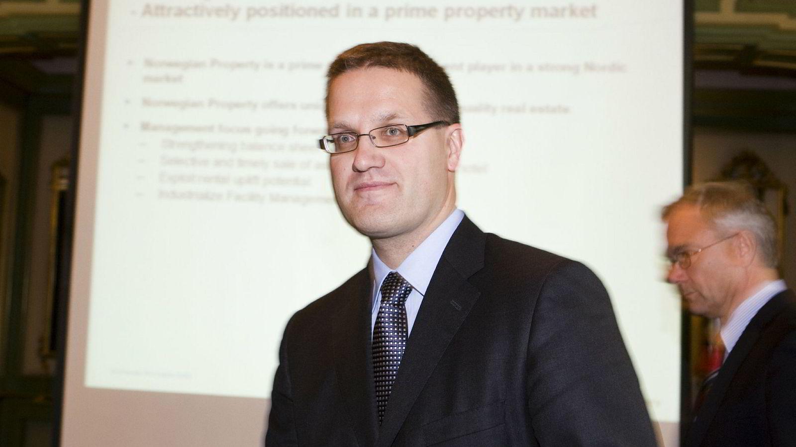 Toppsjef Svein Hov Skjelle i Betonmast Hæhre vurderer å anke nederlag i oppgjørstvist med Statens vegvesen og Bane NOR.