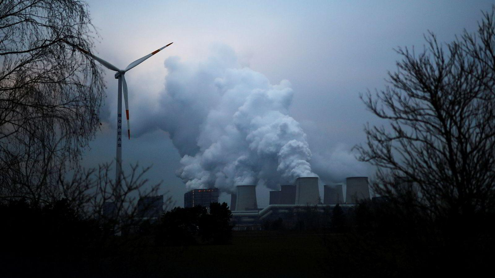 Kullkraftanlegget i Jaenschwalde skal etter planen avvikles sammen med resten av Tysklands kullkraftverk senest i 2038. Landet har satset tungt på utbygging av sol- og vindkraft, men trenger også norsk naturgass.