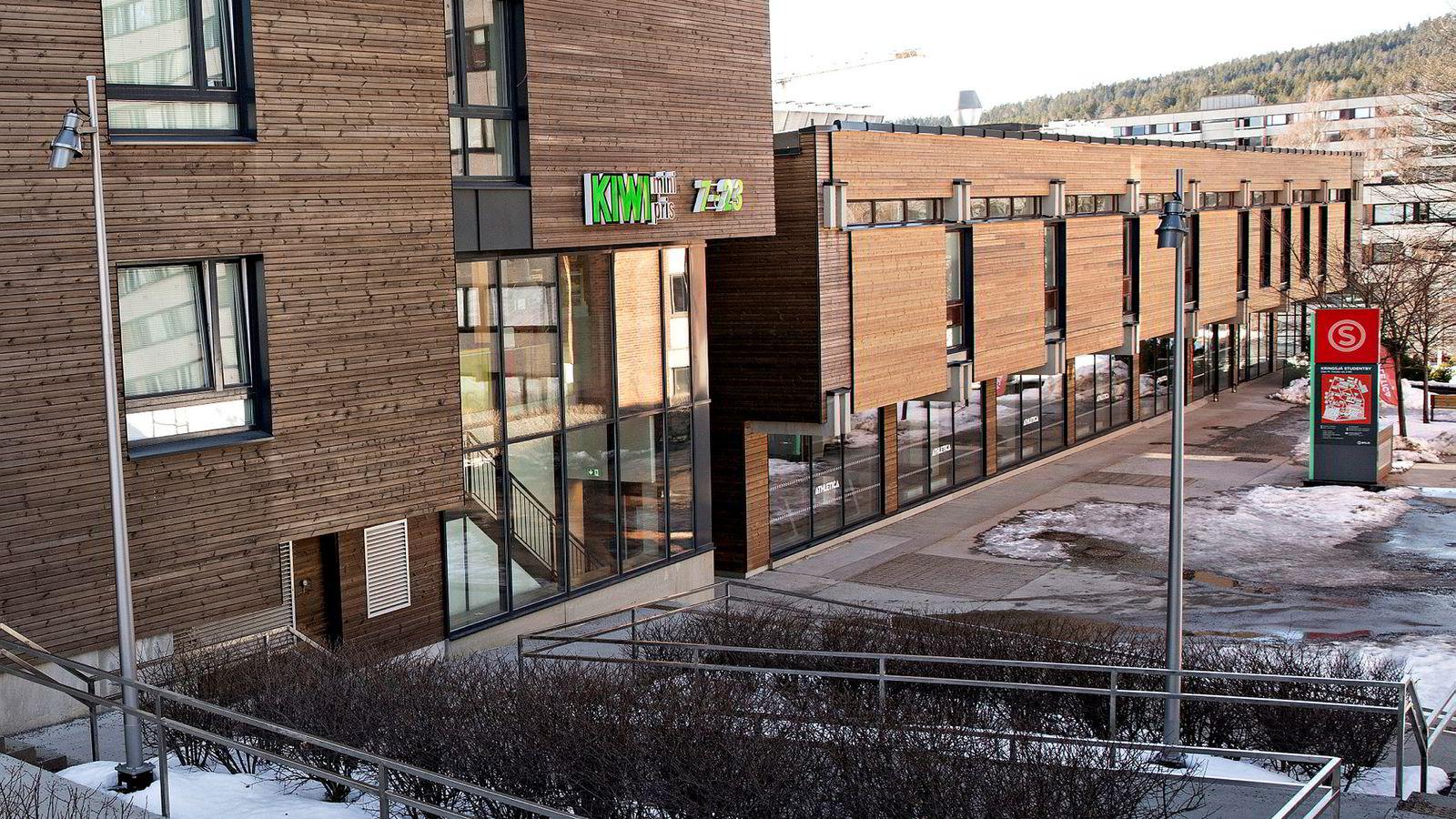 Striden mellom partene handler om denne butikkplasseringen i Kringsjå Studentby. SiOs plan var at Kiwi skulle være i sokkeletasjen og Bunnpris i etasjen over. Det ønsket ikke Bunnpris å være med på.