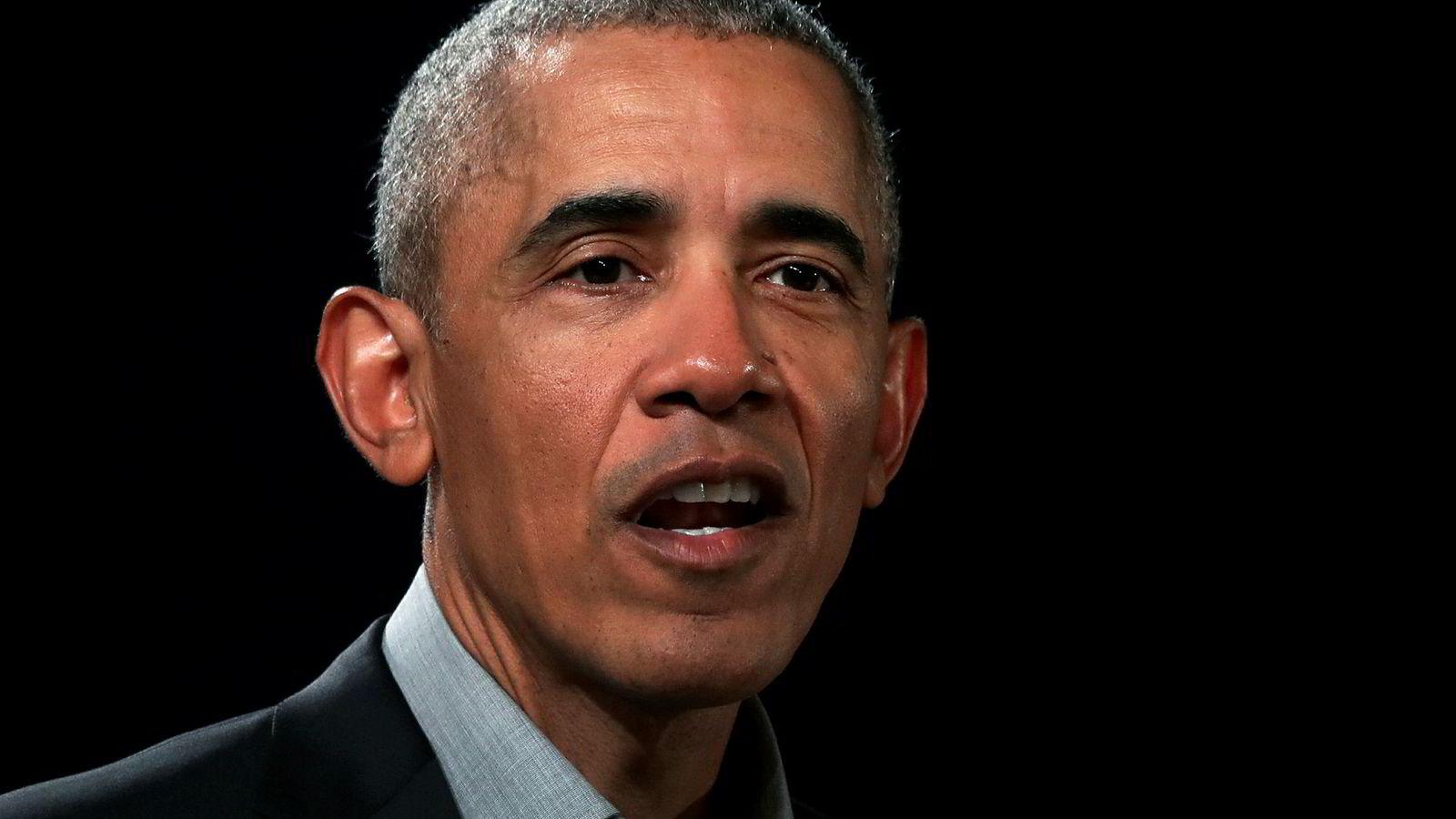 Tidligere president Barack Obama kritiserer ledere som nører opp under frykt, hat og rasisme.