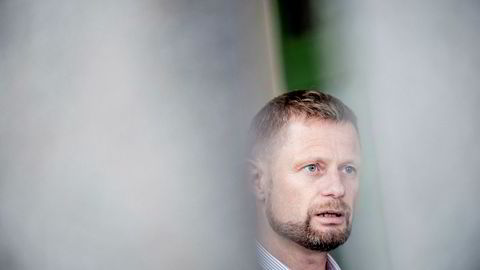 Helseminister Bent Høie (H) får støtte for sin sykehusplan.