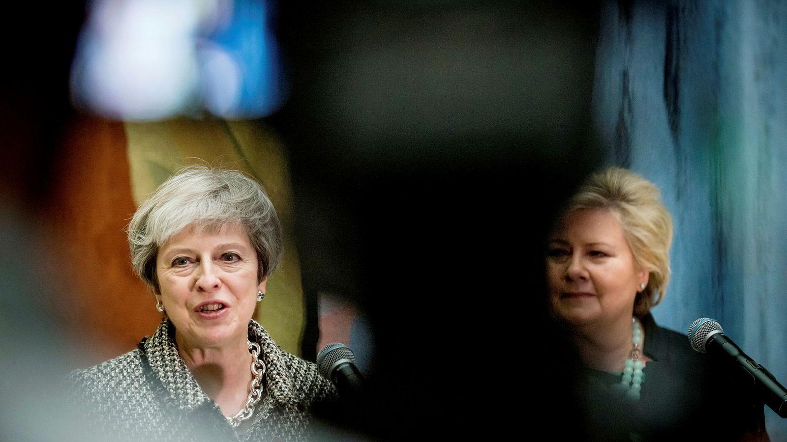 Theresa May og Erna Solberg.