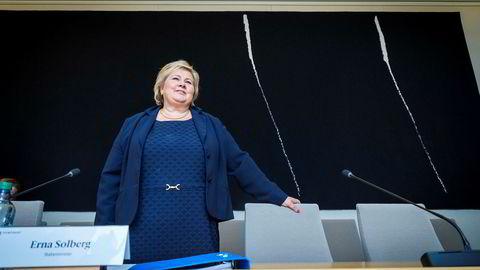 Statsminister Erna Solberg under mandagens høring om objektsikring.
