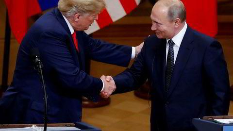 USAs president Donald Trump og den russiske presidenten Vladimir Putin under møtet i Helsinki i Finland i juli.