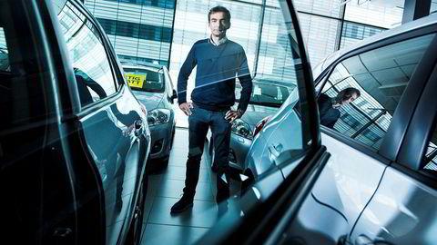 Henrik Baumann er styreleder i Bauda og satte i februar ny rekord for antall kontrakter, selv uten å tilby så mye som en eneste elbil.