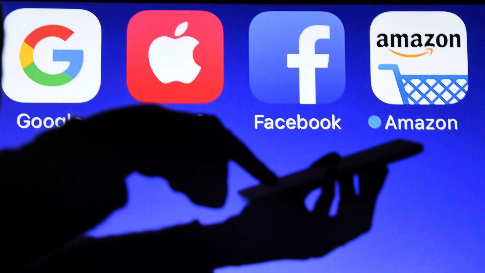 EU vil hente inn tre prosent av omsetningen til Google, Apple, Facebook og Amazon i form av en ny digitalskatt.