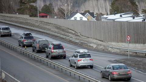 Selv om antallet synker, så kjører det fortsatt mange biler uten forsikring rundt på norske veier.