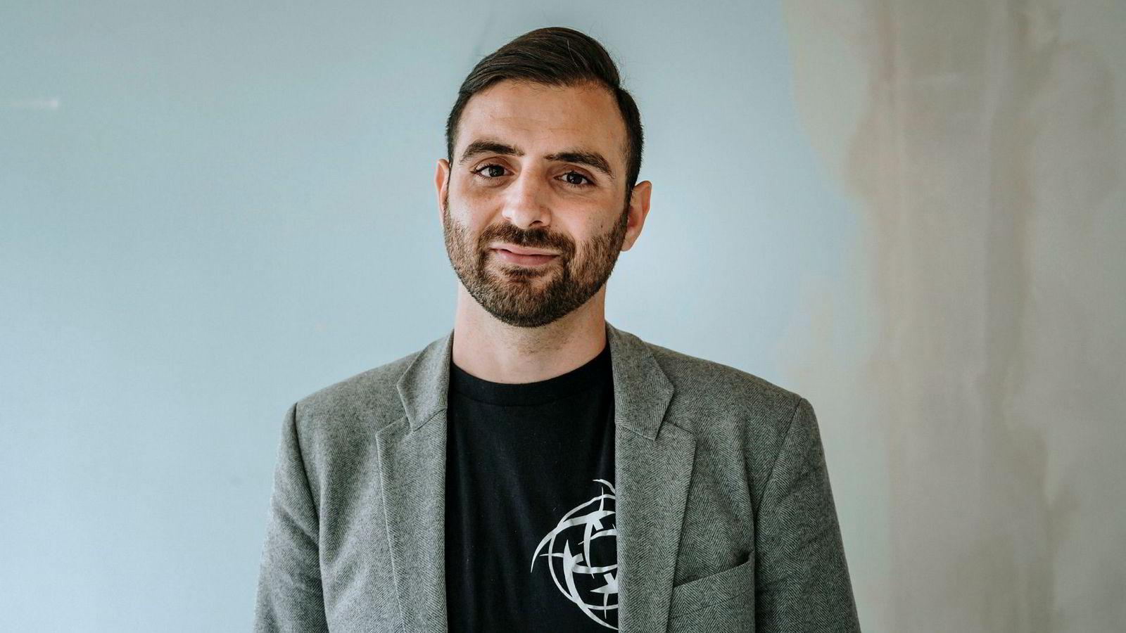 Hicham Chahine, sluttet som hedgefondforvalter i Formuesforvaltning for å bygge e-sportslaget Nip (Ninjas in Pyjamas) som nå er verdsatt til 500 millioner kroner.