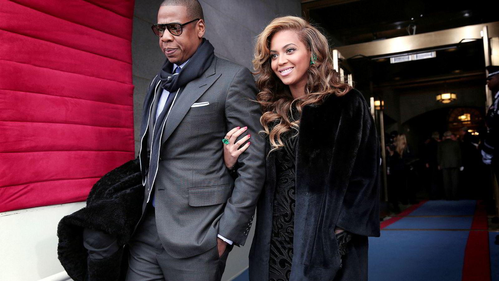 Rapperen Shawn Carter, bedre kjent som Jay Z, eier strømmetjenesten Tidal. Han er gift med sangeren Beyoncé Knowles-Carter.