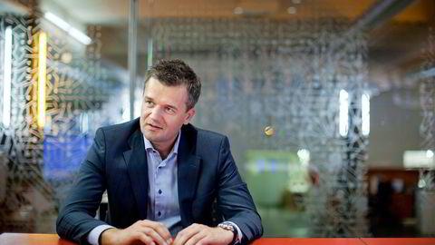 Vipps-sjef i DNB, Rune Garborg, har signert mange avtaler for Vipps siden han tiltrådte. Nå vil han ha appen inn i butikken før sommeren. Foto: Øyvind Elvsborg