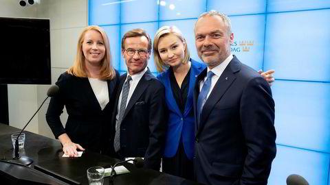 Alliansens partiledere holdt pressekonferanse i Riksdagen, der de gjentok kravet om Stefan Löfvens avgang. Fra venstre: Annie Lööf (Centerpartiet), Ulf Kristersson (Moderaterna), Ebba Busch Thor (Kristdemokraterna), Jan Björklund (Liberalerna).