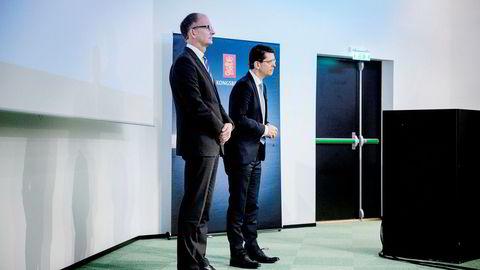 – Vi har hatt en positiv utvikling i fjerde kvartal sammenlignet med tredje kvartal, sier konsernsjef Geir Håøy (til høyre) i Kongsberg Gruppen, som sammen med finansdirektør Hans-Jørgen Wibstad la frem tallene for fjerde kvartal.