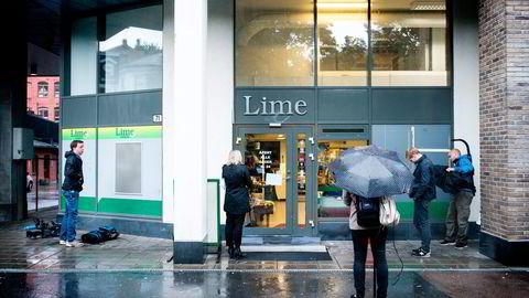 Leiligheter i samme bygg som Limes tidligere hovedkontor på Tøyen er blant eiendelene som nå står på spill etter at politiet innledet jakten på verdier hos Lime-toppene. Foto: Skjalg Bøhmer Vold