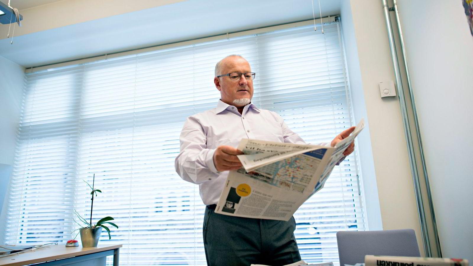 REAGERER. Rune Hetland i Landslaget for lokalaviser (LLA) går hardt ut mot momskompromisset.