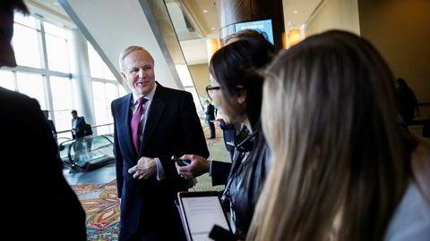 BPs konsernsjef Bob Dudley var innom oljekonferansen Ceraweek i Houston denne uken. Han roser samarbeidet med Kjell Inge Røkke-kontrollerte Aker og vil ta samarbeidet til flere kontinenter.